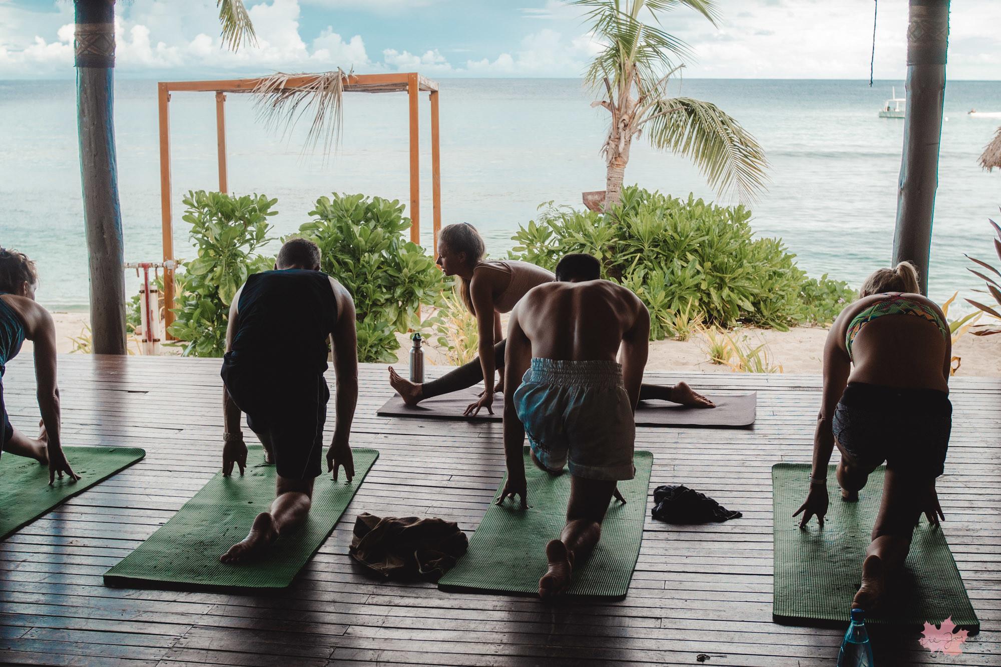 yoga fiji3